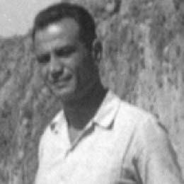 Nikos Karouzos